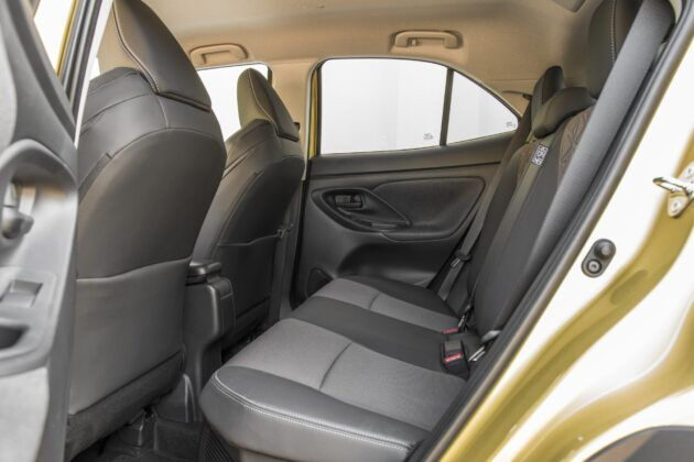 Toyota Yaris Cross - kanapa