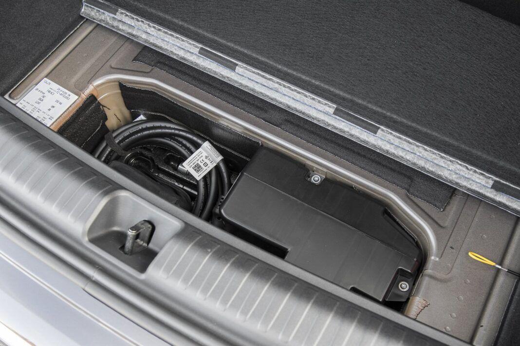 audi q4 e-tron bagażnik test 2021 schowek