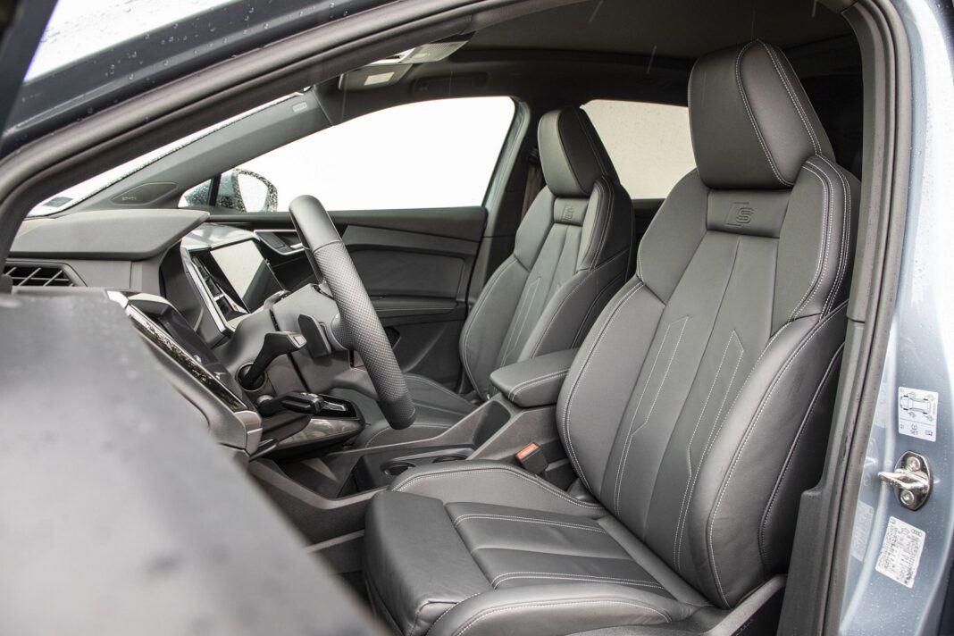 Audi Q4 e-tron test 2021 - przednie fotele