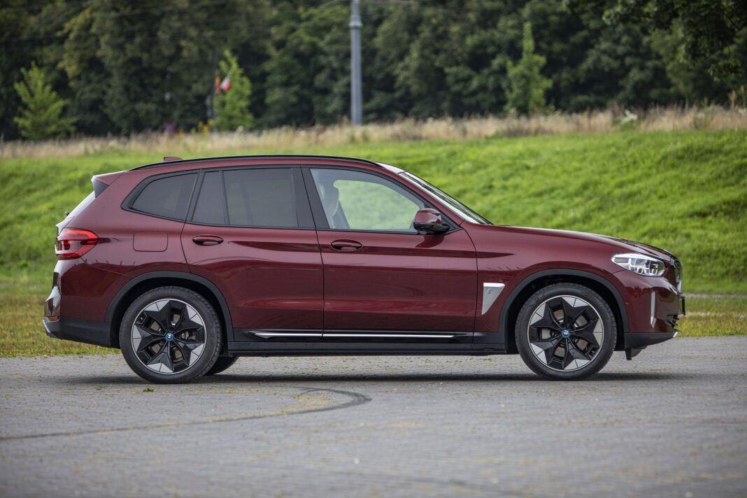 BMW iX3 - test (2021) - bok