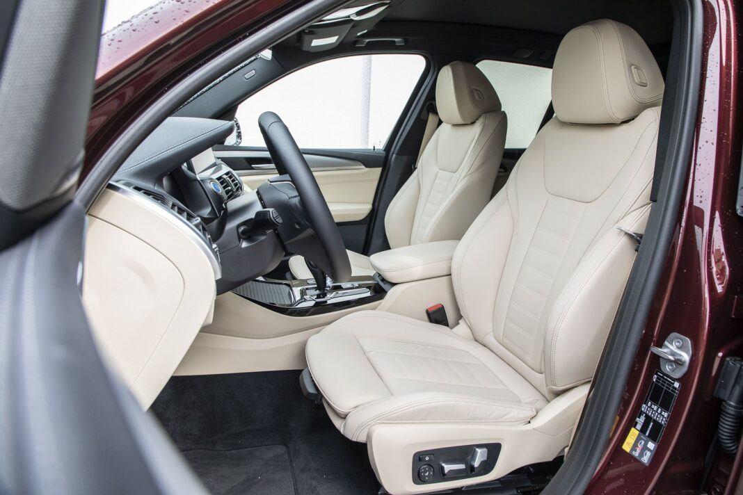 BMW iX3 - test (2021) - przednie fotele