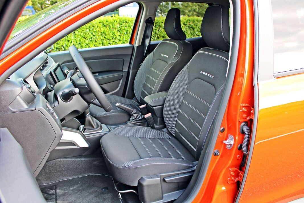 Dacia Duster II FL - fotele przednie