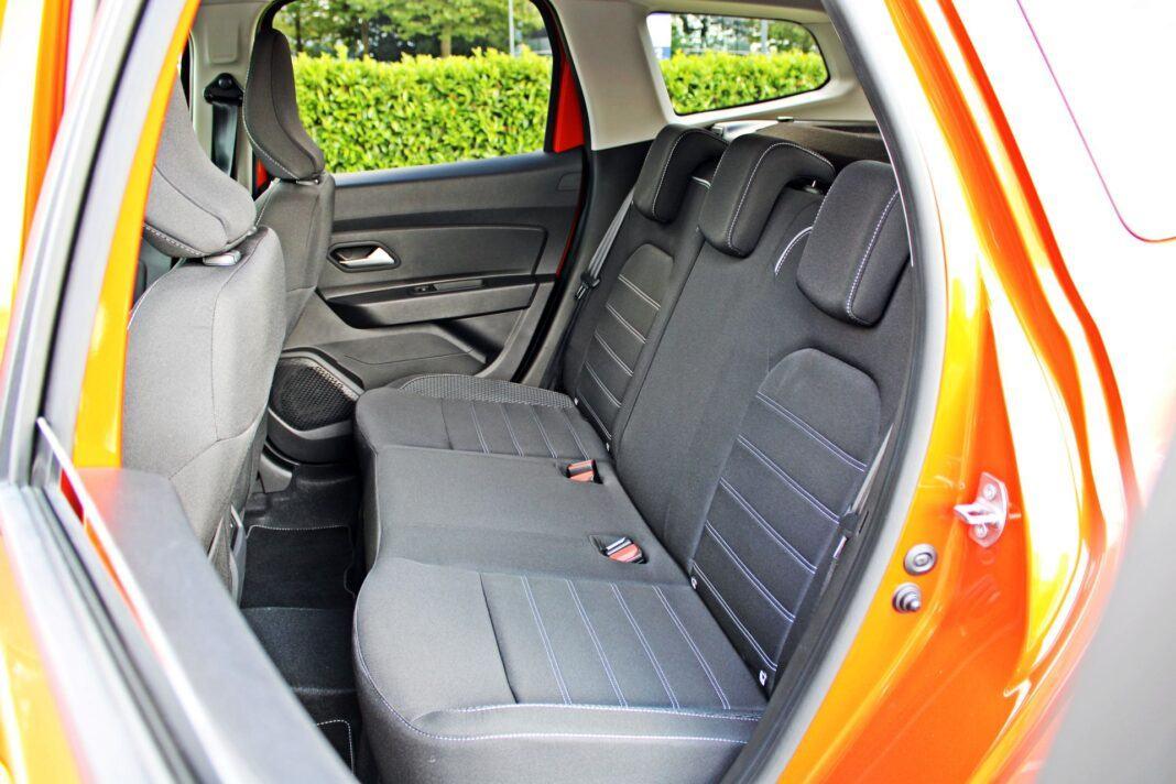 Dacia Duster II FL - tylna kanapa