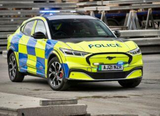 Ford Mustang Mach-E w służbie policji. Nowa broń mundurowych