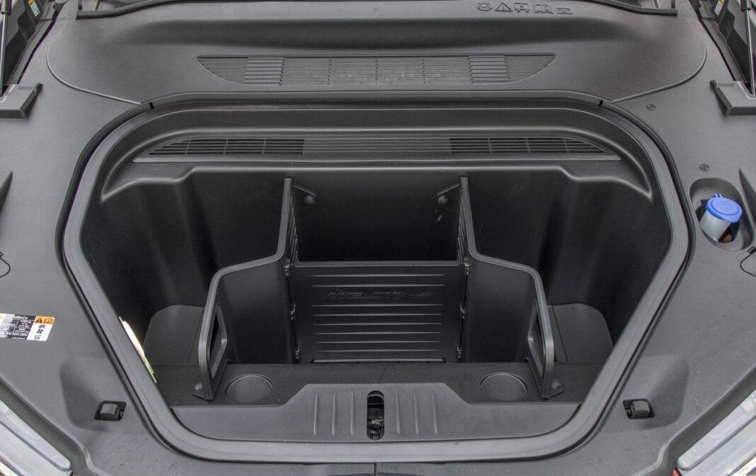 Ford Mustang Mach-E RWD 98 kWh - test (2021) - przedni bagażnik (81 l)