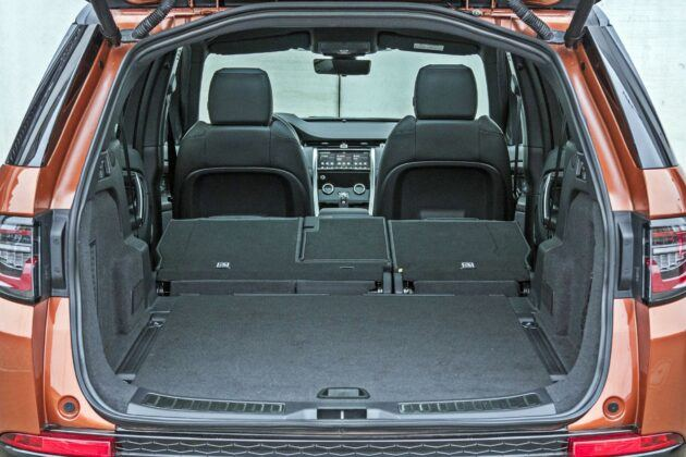 Land Rover Discovery Sport - bagażnik