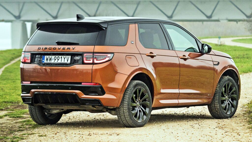 Land Rover Discovery Sport - tył
