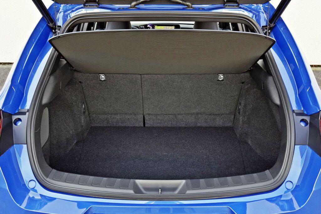 Lexus UX 300e - bagażnik