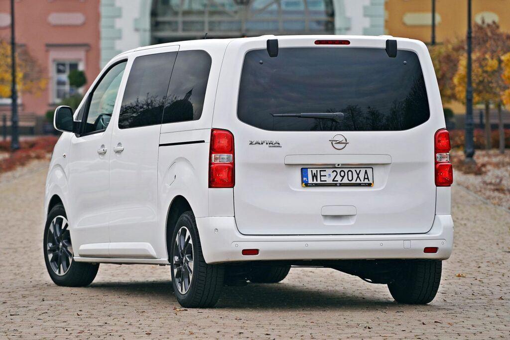Opel Zafira Life - tył