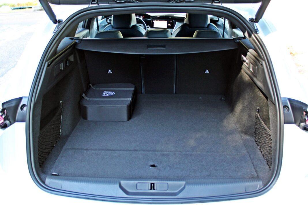 Peugeot 308 SW - bagażnik
