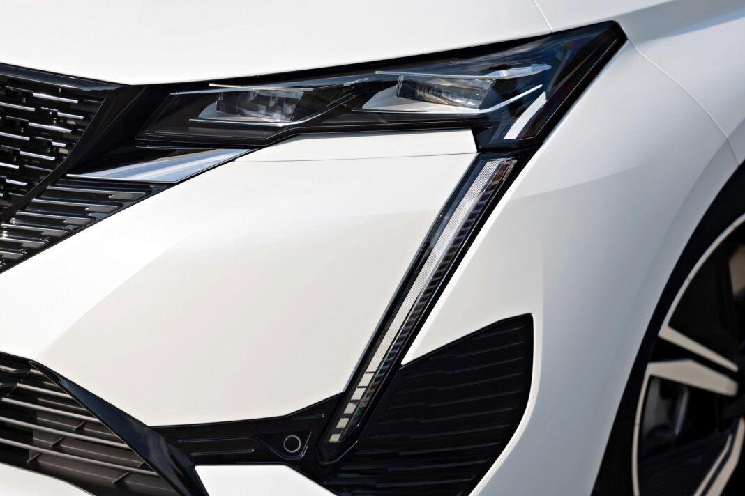 Peugeot 308 - reflektor