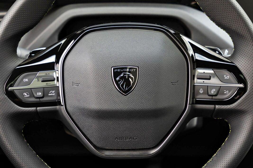 Peugeot 308 - kierownica