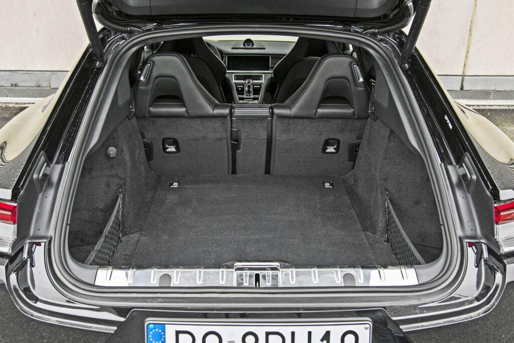Porsche Panamera - bagażnik