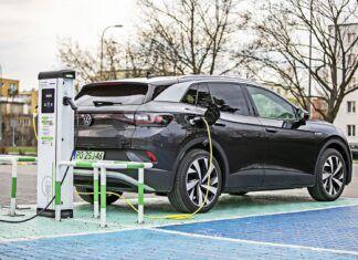 Ładowanie samochodów elektrycznych – jaka będzie przyszłość?