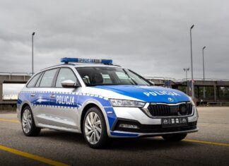 Nowe radiowozy policji - Skody Octavie iV z hybrydowym napędem plug-in