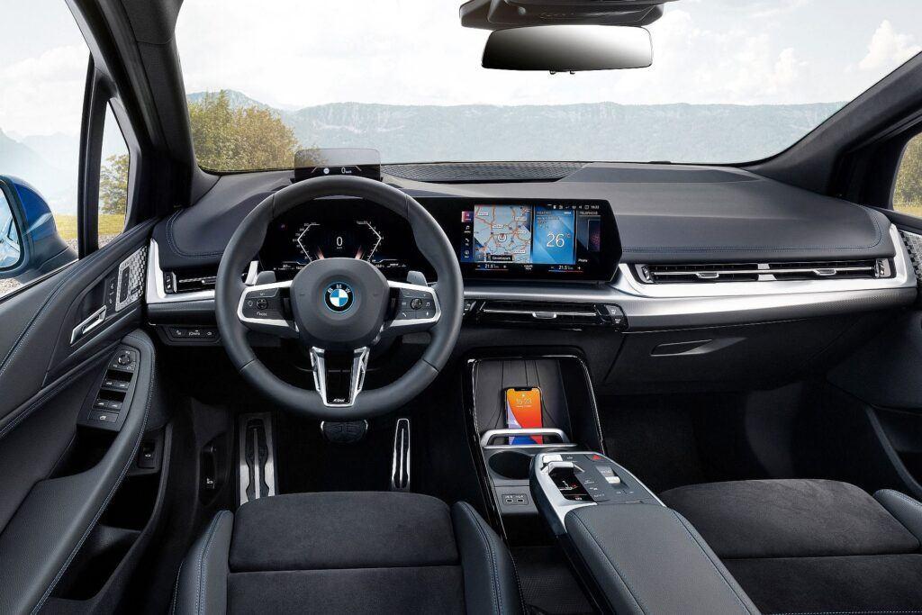 BMW serii 2 Active Tourer 2022 10