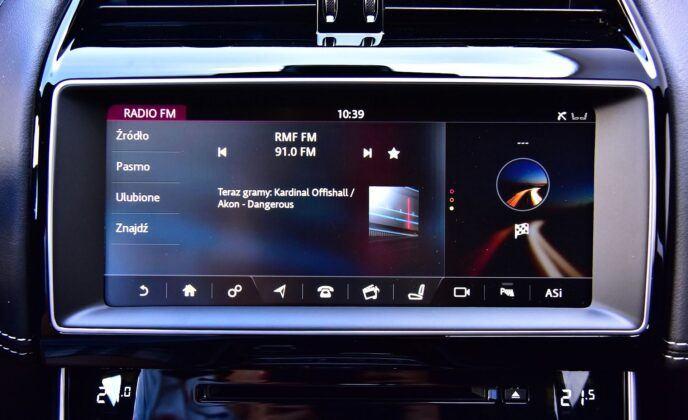 Jaguar XE - wskaźniki