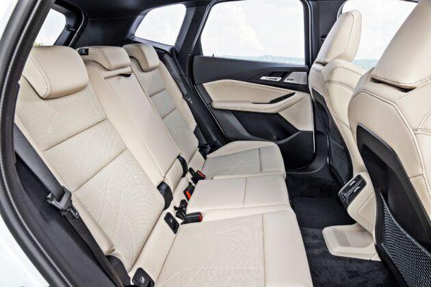BMW serii 2 Active Tourer - tylna kanapa