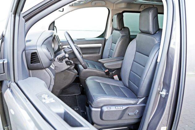 Peugeot Traveller - fotele przednie