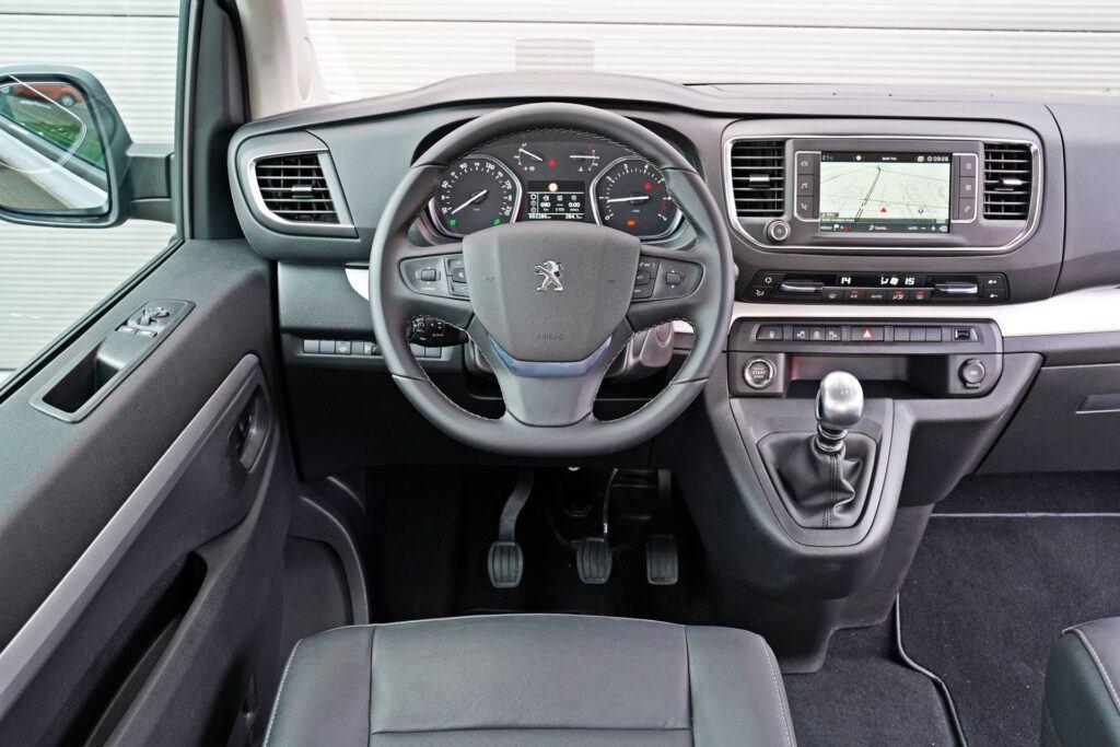 Peugeot Traveller - deska rozdzielcza