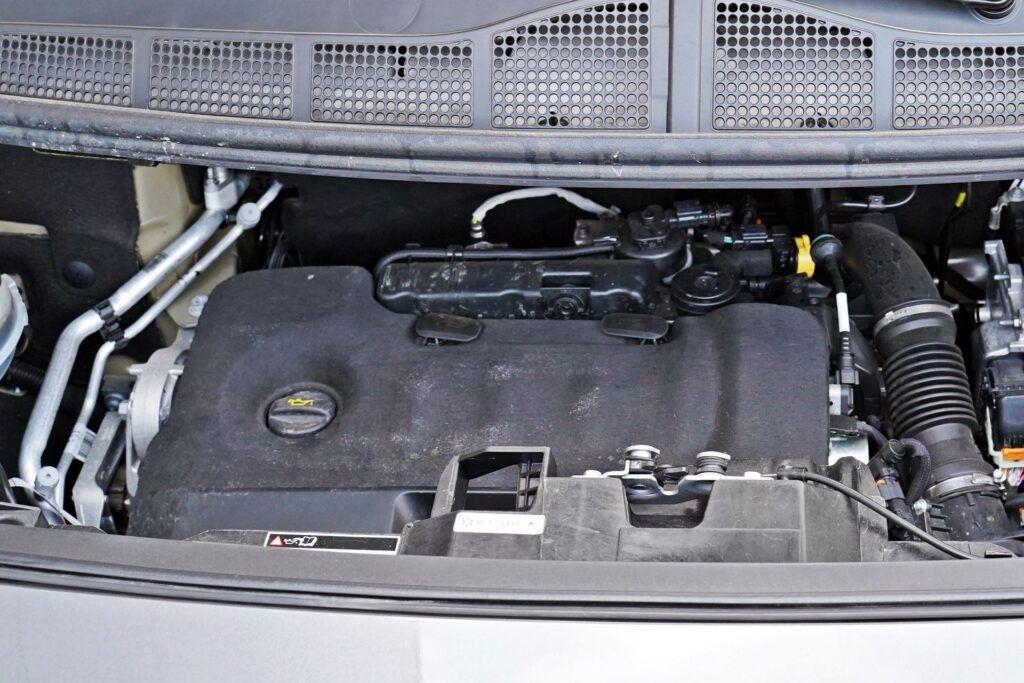Peugeot Traveller - silnik