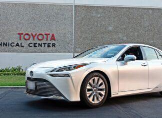 Toyota Mirai z rekordowym zasięgiem na jednym zbiorniku wodoru