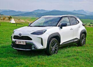 Toyota Yaris Cross już w salonach. Ile kosztuje ten miejski SUV?